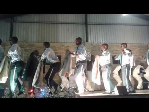 Pomeroy Gordon Stars ft Zulu Messengers - Ama Yellow bone
