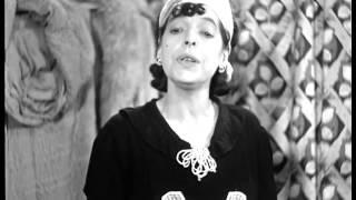 Tina Pica cameriera