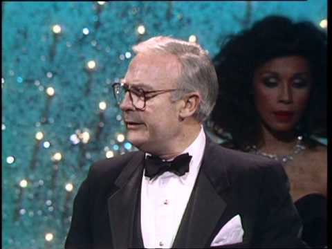 Edward Woodward Wins Best Actor TV Series  Golden Globes 1987