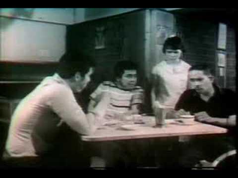 DAMPOT, PUKOL, SALO (1971)