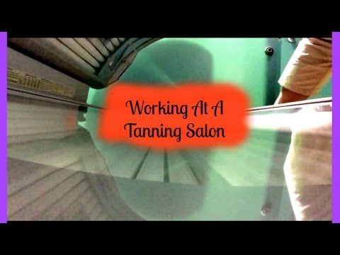 WORKING AT A TANNING SALON | Vlog 1 |