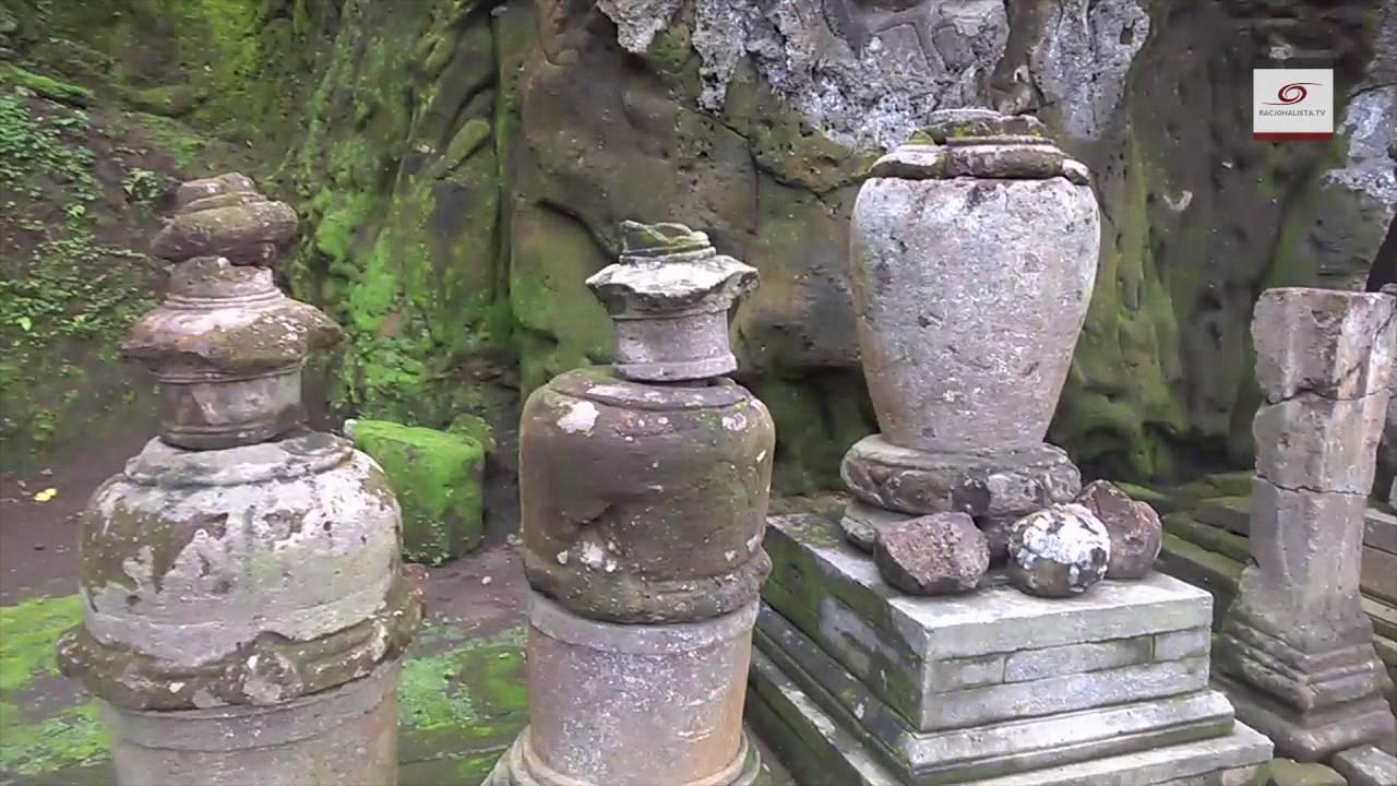 Bali odc. 9: Bezgłowy golem