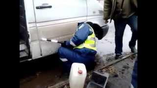видео Размещены официальные фото Мерседес CLS 2012
