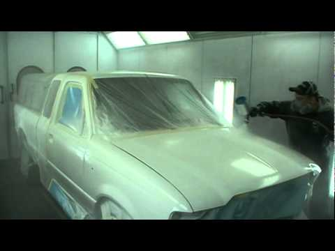 How to spray base and clear auto paint
