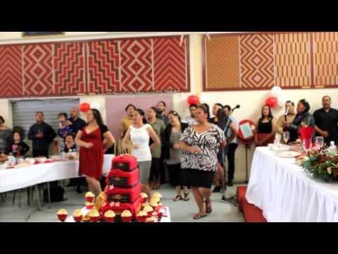 Rongomaiwahine past and present Kahurangi maori Dance Company