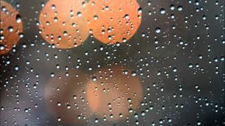 ฝนตกที่หน้าต่าง