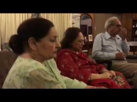 Wahdat Rameez Sings for Farida Khanum | Live Video