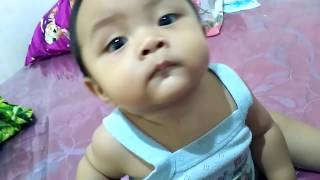 Video Bayi Lucu Main Sama Papa Sambil Bersin Bersin Lucu | Video Lucu Anak Kecil Indonesia download MP3, 3GP, MP4, WEBM, AVI, FLV Agustus 2018