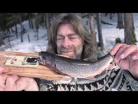 How to Catch a Trout with a Mouse Trap (Ice Fishing)