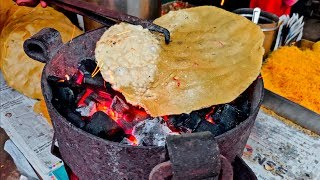 KHICHIYA PAPAD toasted on COAL | Roadside Snack of Mumbai | Indian Street Food