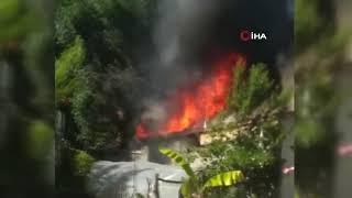Yangında Alevler Arasında Mahsur Kalan Anne Ve Oğlu Yaralandı