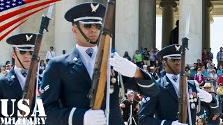 アメリカ空軍儀仗兵の一糸乱れぬ超絶パフォーマンス