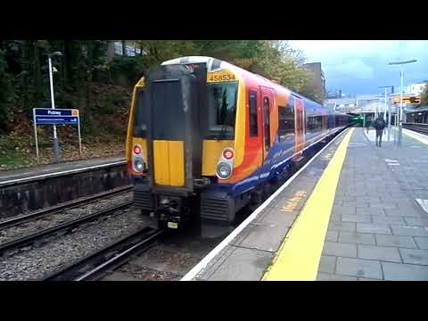 Trains at Putney station 4/11/17