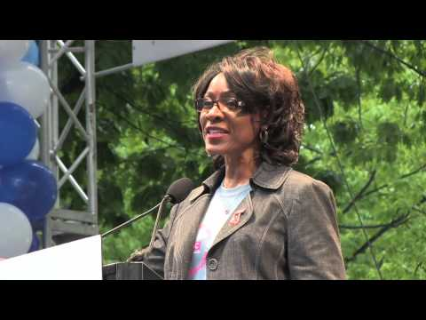 Dr. Marjorie Hill, CEO of GMHC speaks to thousands at AIDS Walk New York