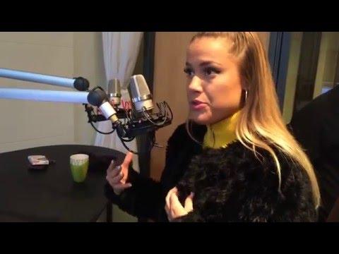 Julie Bergan på Radio Silkeborg
