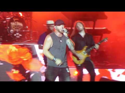 Brantley Gilbert- My Babys Guns N Roses Pittsburgh PA August 2016