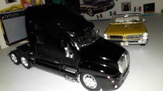1 CIASSIC CAR AND 1TRAILER