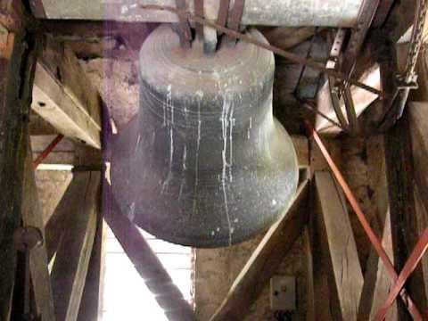 Angélus avec la grosse cloche à Chenecey Buillon