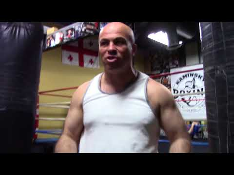 Trainer Tolik Kaminsky How He Comes Up With Fitness Drills For Fighters EsNews Boxing
