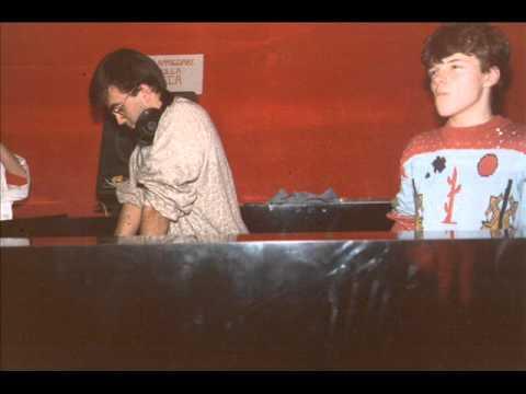 "Max Roach M'Boom "" Rumble in the Jungle ""  - Columbia Legacy 1979.wmv"