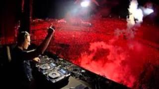 Tiesto ft Nari Milani & Delayers - Move to the Rhythm