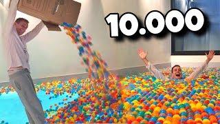 Ich fülle 10.000 BÄLLE in unseren POOL  😵 🌊