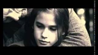 ELISA K - Tráiler en Español-http://www.1.premiere-movies.com/
