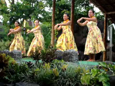 Polynesian Cultural Center - Hawaiian Hula Eyes