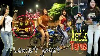 Download lagu Goyang Cantik santai77 Dj Bisane Mung nyawang MP3