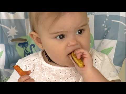 Sem papinhas, o método BLW estimula a autonomia dos bebês na hora de comer.