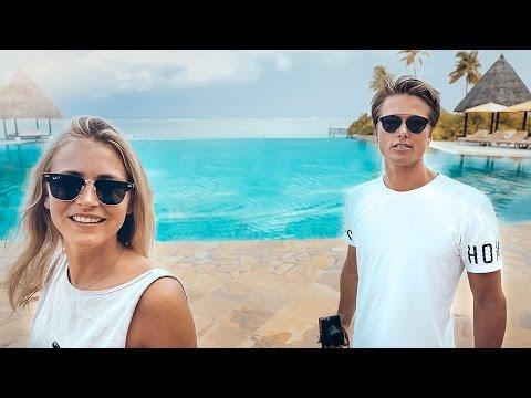 TOUR OF THE FOUR SEASONS MALDIVES | VLOG 187