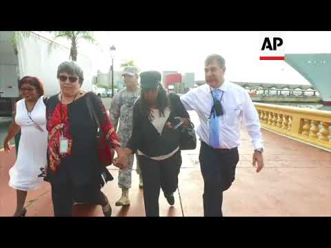 US Virgin Island evacuees arrive in Puerto Rico