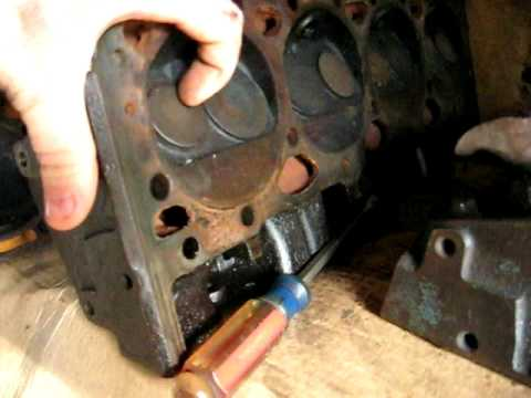 Difference between 194 and 202 Chevy heads