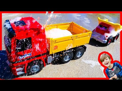 Toy Construction Trucks For Children at the Car Wash