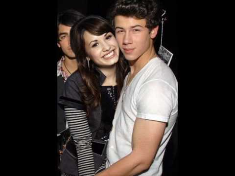 Are Demi Lovato And Nick Jonas Dating