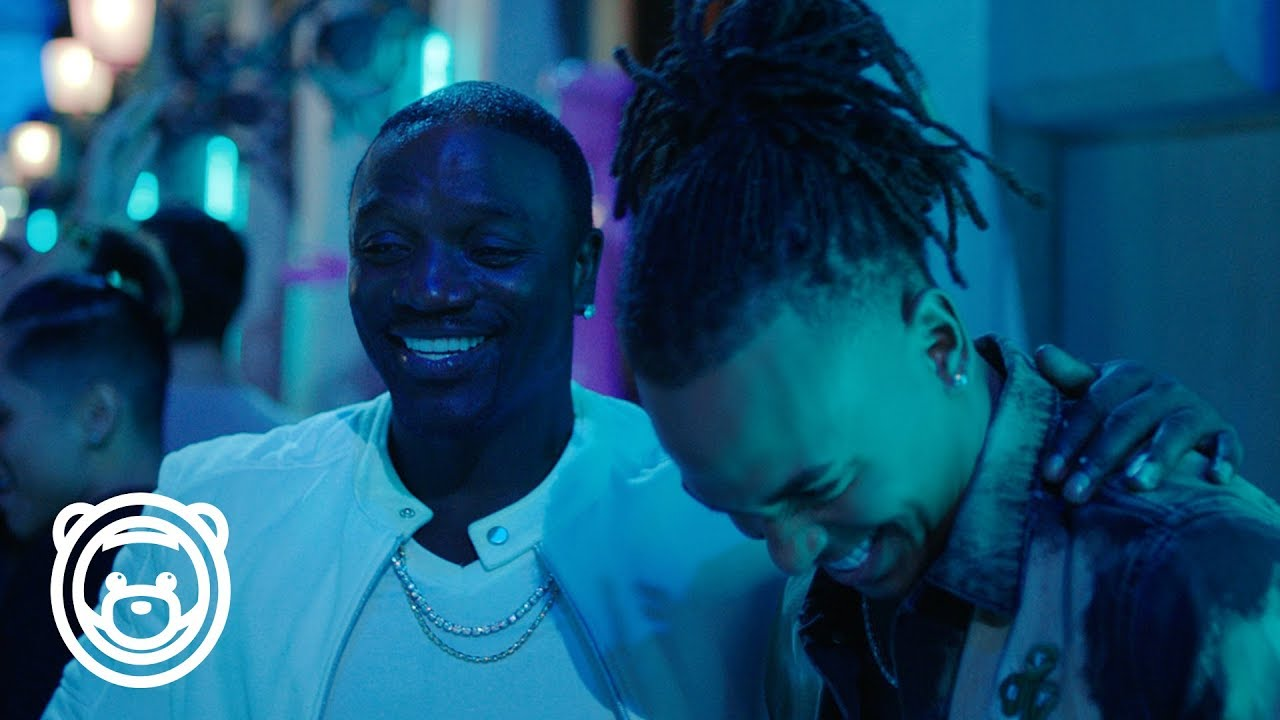 Ozuna - Coméntale Feat. Akon (Video Oficial) #1