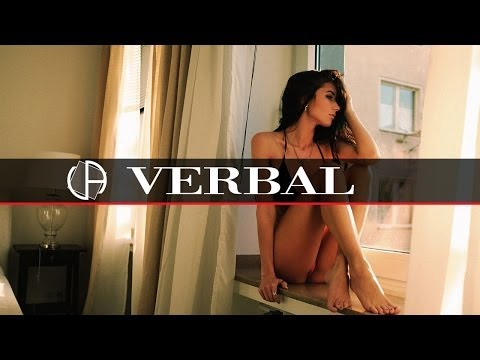 Rey & Kjavik - Lora (OneIIOne's More Vox Edit)