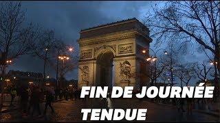 Baixar Sur les Champs-Élysées, la fin de l'acte VI des gilets jaunes était tendue