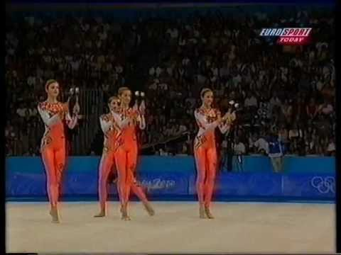 [HD] RSG Gymnastics Group Competition Team : Bulgaria (Sydney 2000) Apparatus : Clubs