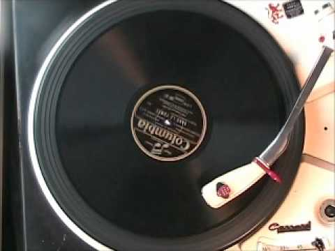 Vintage French Music - DANS LA FUMEE by Mlle Lucienne Boyer