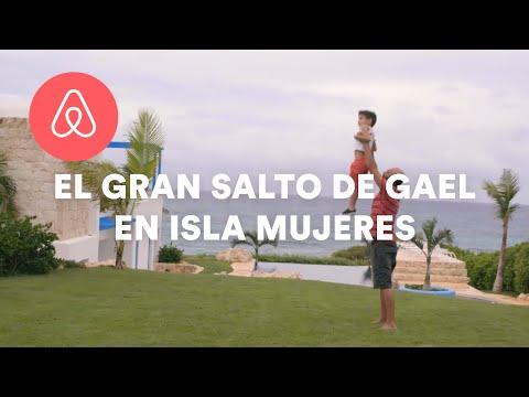 el-gran-salto-de-gael-en-isla-mujeres-|-brought-to-you-by-|-airbnb