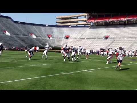 Spring practice No. 3: Auburn hurry-up no-huddle in action
