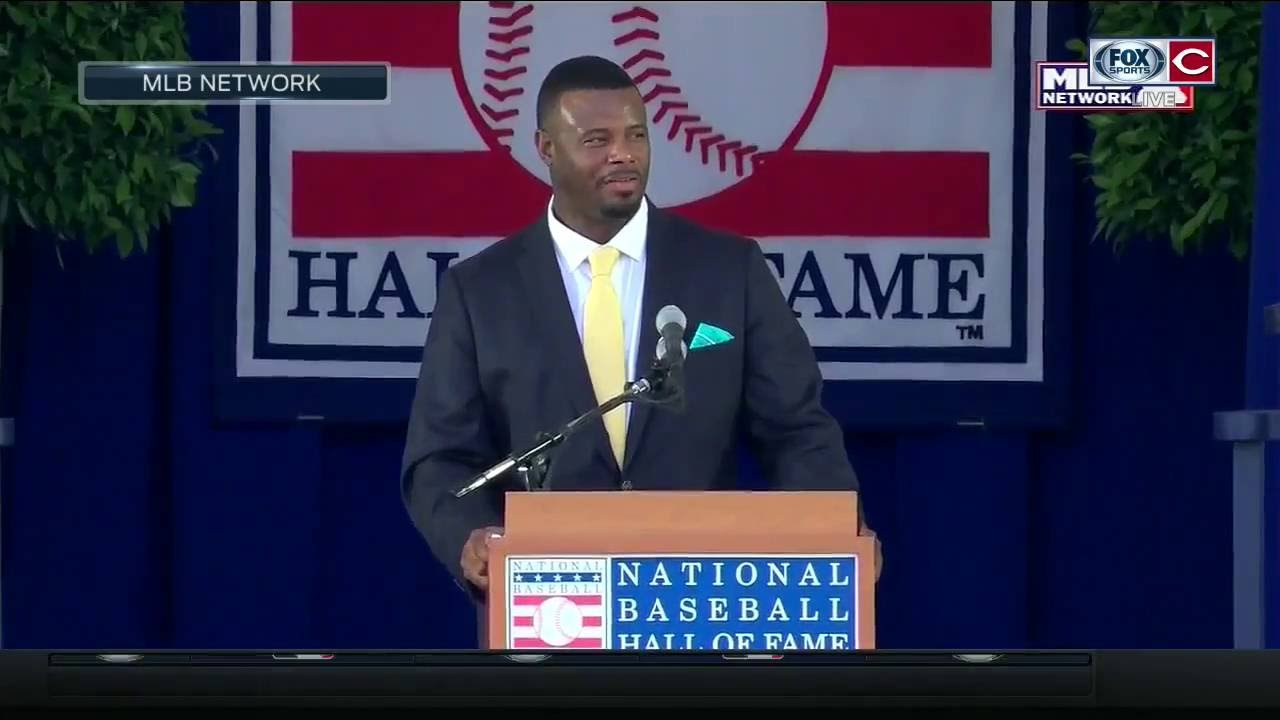 c71b6a559d Ken Griffey Jr. remembers his time with the Cincinnati Reds during HOF  induction speech