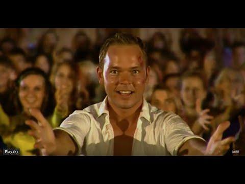 Lauris Reiniks - Es Skrienu  (Official Music Video) - LATVIA