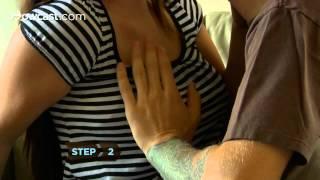 Como abrir o sutiã dela com só uma mão