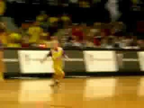 Lee at Crisler Arena 3
