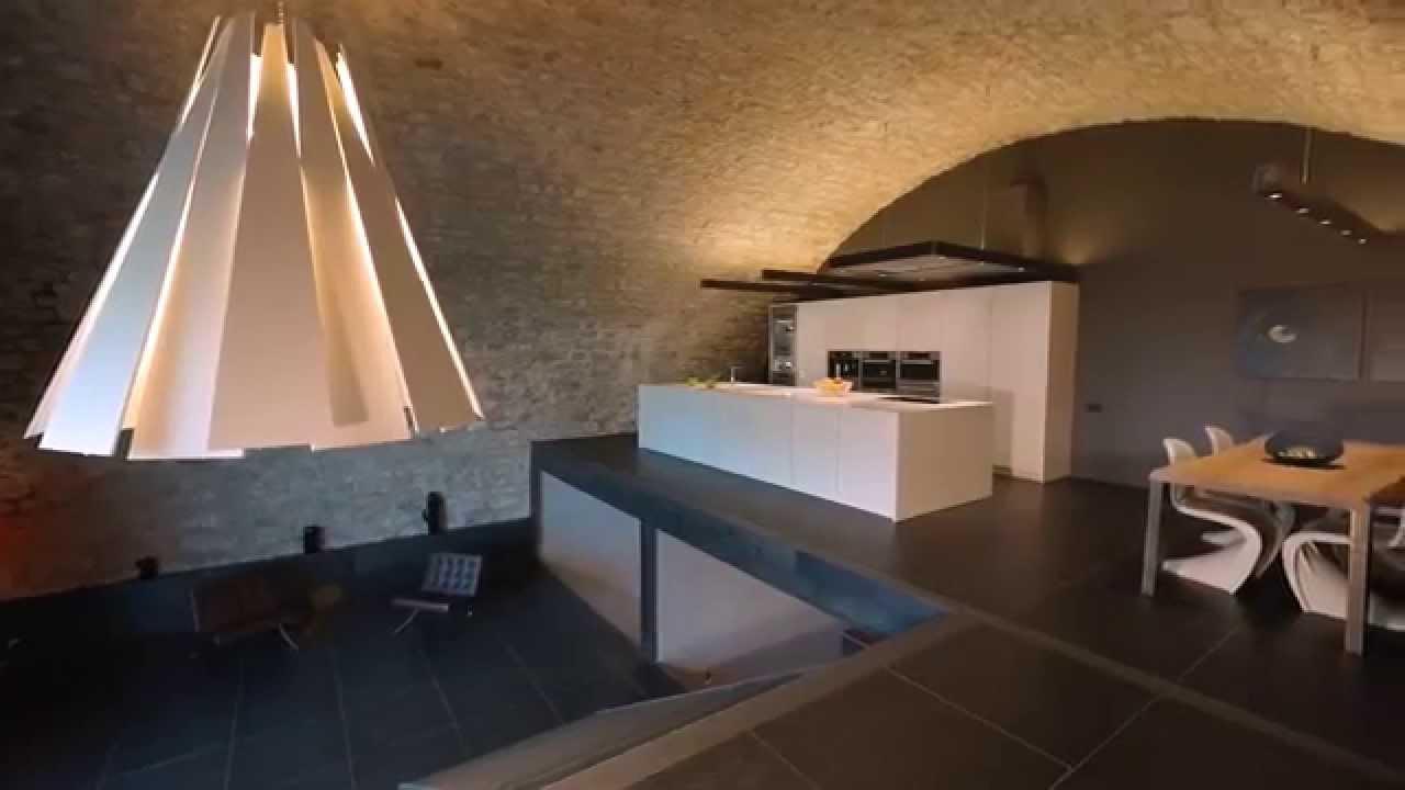 espaces atypiques annecy loft d 39 exception vendre youtube. Black Bedroom Furniture Sets. Home Design Ideas