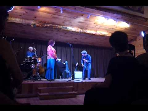 Ashokan W&S Week 2014 Cabaret - Nathan Bugh & Laurel Masse with Harry Aceto on bass