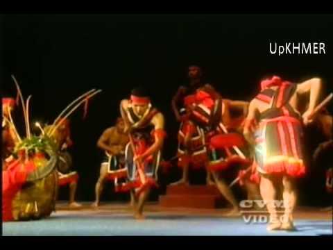 Khmer Folk Dance  Robam Kab Krobei