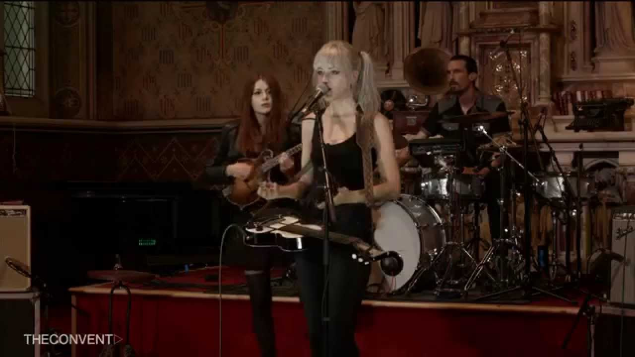 larkin-poe-mad-as-a-hatter-the-convent